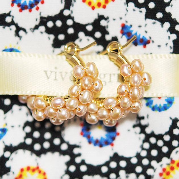 【再入荷】≪viv & ingrid≫ ヴィヴ&イングリッドピンクパール スパイラルフープピアス XSサイズ Spiral Hoop Earrings (Pink Pearl)【レディース】